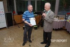 zástupce ZSR Start Zelióna Góry přebírá cenu pro Danutu Tarnawskou