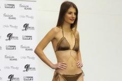 Veronika Volkeová v plavkách Fashion Island