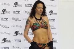 Agáta Prachařová v plavkách Fashion Island