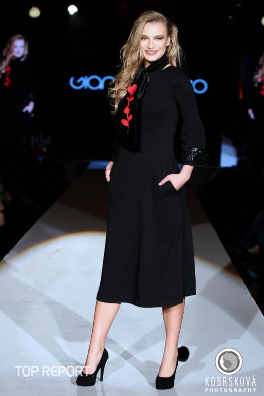Model návrhářky Gianni Di Leo