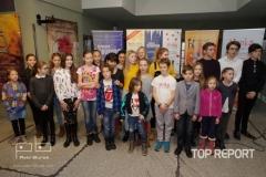 Děti účinkující v muzikálu Královna Kapeska