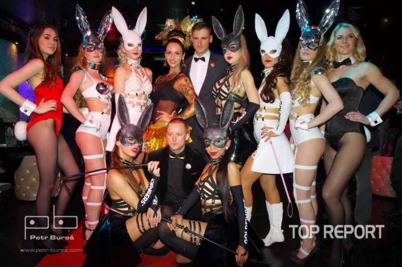 Jan Hodač a Martin Levý s králíčky