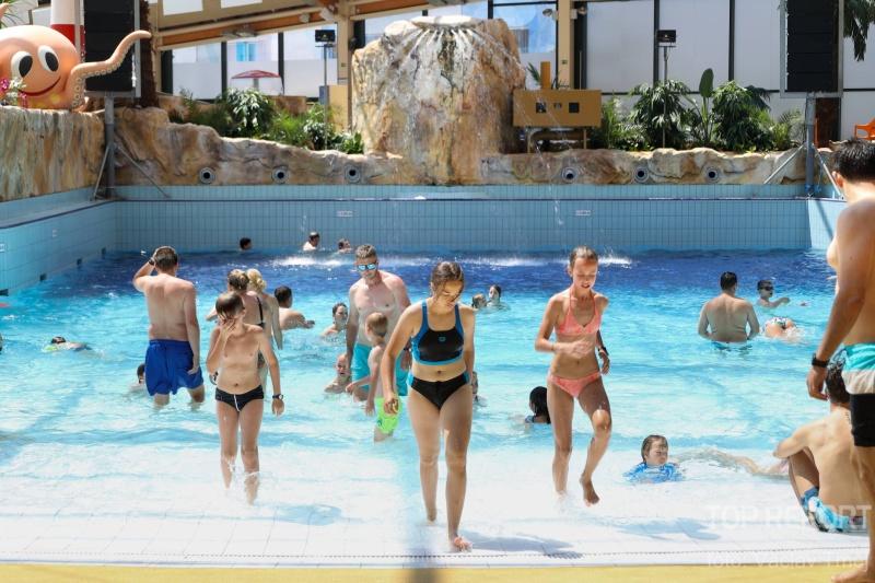 Začátek-léta-v-Aquapalace-Praha-20