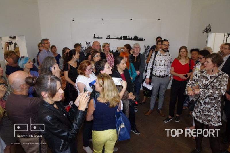 Vernisáž výstavy Markéta Hlinovská: Srst ve městě