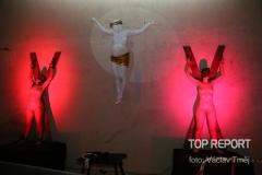 Voayer: Výstava skutečných nahých žen