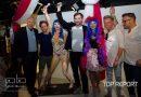 Milan Peroutka zkoumal sochu Katy Perry opravdu důkladně