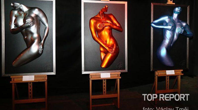 Výstava skutečných nahých žen