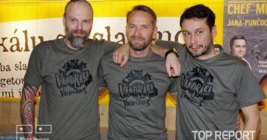 Pavel Liška, Jan Révai a Hynek Bernard jsou na dobrodružné cestě na motorkách