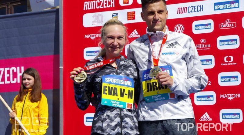 Česká rekordmanka Eva Vrabcová-Nývltová a Jiří Homoláč