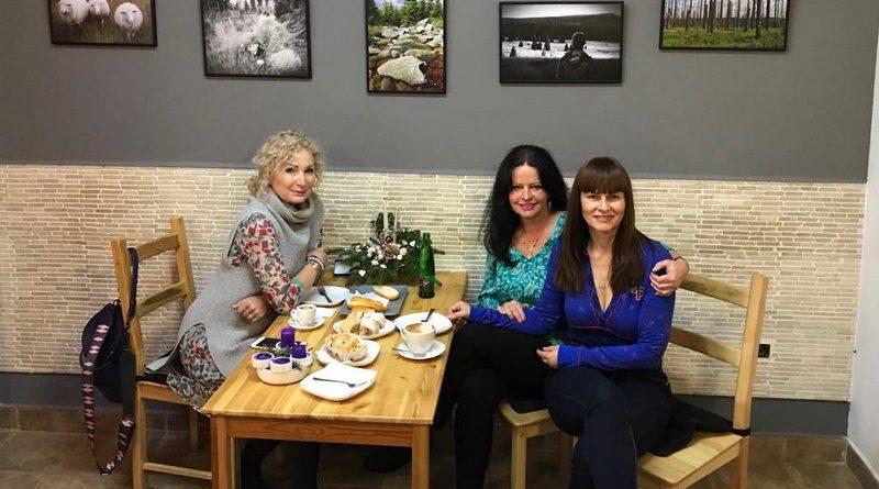 Výstava Dvě tváře Šumavy - Světlana Nálepková, Adriena Sobotová a Helena Váňová