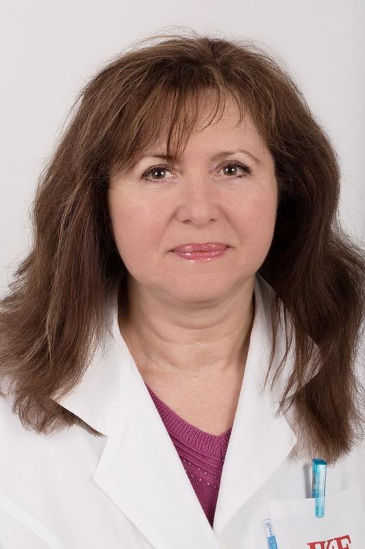 prof. MUDr. Věra Adámková, CSc. - přednosta Pracoviště preventivní kardiologie IKEM